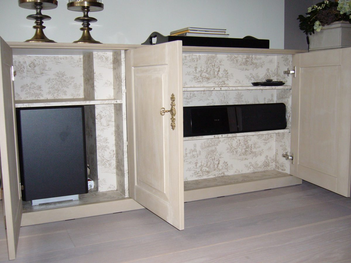 TV kast met lift Koloniaal - Luuks Design